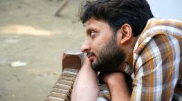 zeeshan-ayyub-759